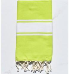 Plate vert chartreuse
