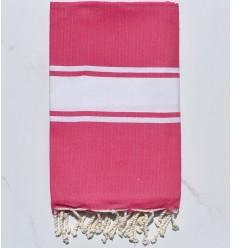 Plate couleur rose fushia