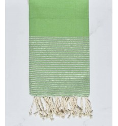 Fouta plate vert prairie au fils lurex argenté