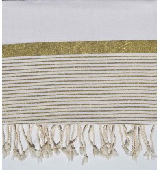 Thrown medium 1.5*2.5m white with golden lurex thread