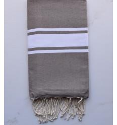 Flat grullo beach towel